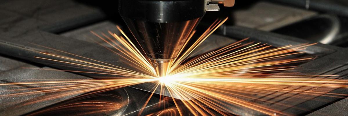 Debitare laser materiale plastice